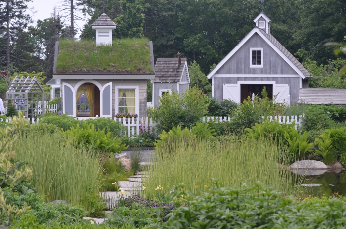 A garden devoted to children features miniature houses.